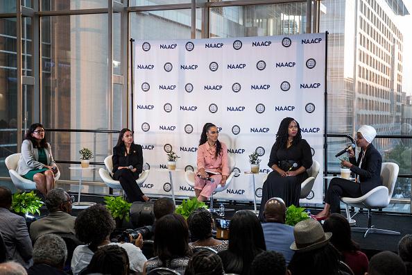 "Alexandria Ocasio-Cortez「Four Congresswomen Known As ""The Squad""  Participate In NAACP Town Hall」:写真・画像(6)[壁紙.com]"