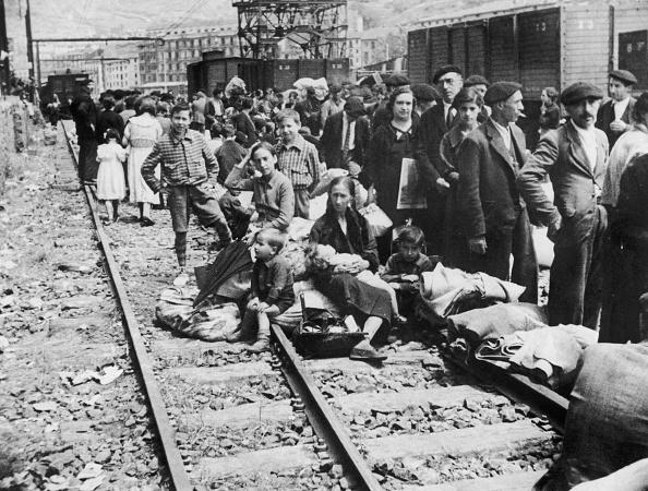 スペイン文化「Refugees Back In Bilbao」:写真・画像(14)[壁紙.com]