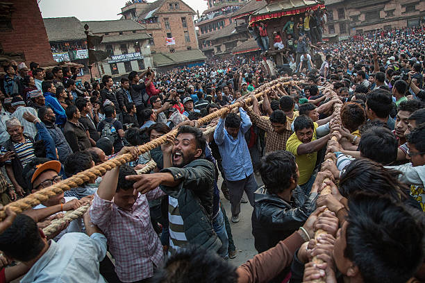 Revelers Gather For Bisket Jatra Festival:ニュース(壁紙.com)