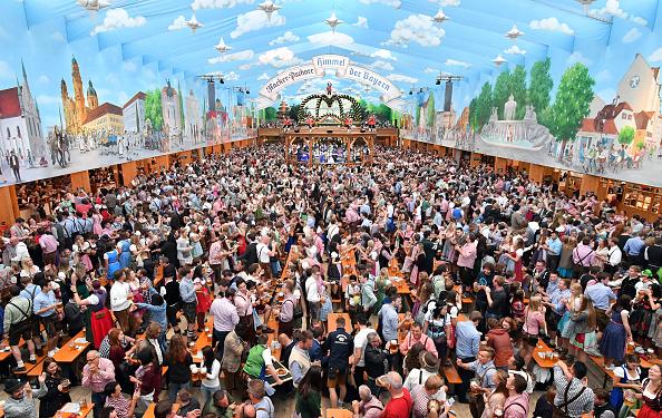 Beer Festival「Oktoberfest 2017  - Costume and Riflemen's Procession」:写真・画像(0)[壁紙.com]
