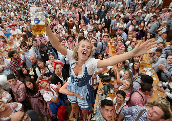 Day 1「Oktoberfest 2018: Opening Day」:写真・画像(3)[壁紙.com]