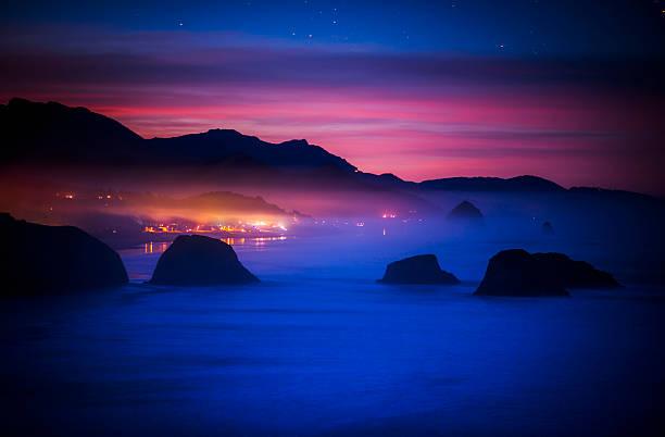 A new day begins on the west coast:スマホ壁紙(壁紙.com)
