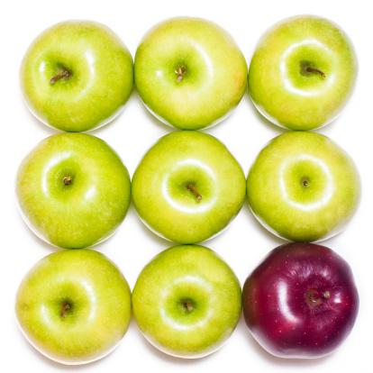 リンゴ「レッドアップル内のグリーンアップル」:スマホ壁紙(12)