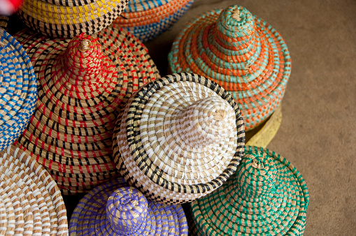 Souvenir「Colorful hand made baskets at Albert Market and Banjul Craft Market, Banjul, Gambia」:スマホ壁紙(3)