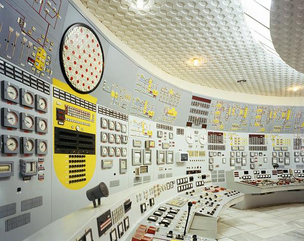 Setting「Control room at decommissioned nuclear power plant, Kozlodui, Bulgaria」:写真・画像(17)[壁紙.com]