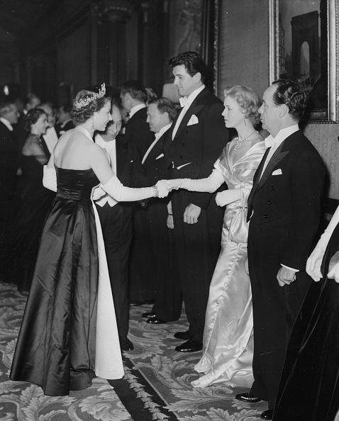 Actress「Queen Elizabeth II, Veronica Hurst And Rock Hudson」:写真・画像(17)[壁紙.com]