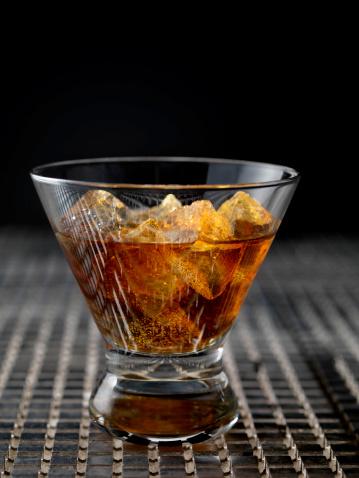 Whiskey「ウィスキーオンアイス」:スマホ壁紙(19)