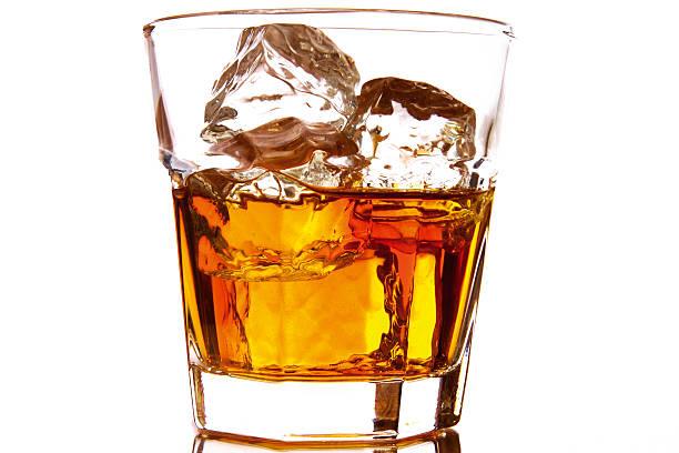 whiskey on the rocks:スマホ壁紙(壁紙.com)