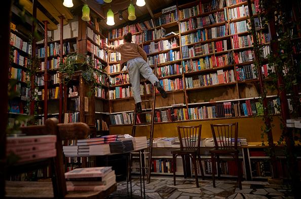F Scott Fitzgerald「Second Generation Bookstore Risks Closure In Coronavirus Lockdown」:写真・画像(16)[壁紙.com]