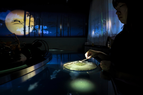 Japan「Dining Inside Tokyo's Virtual Reality Restaurant」:写真・画像(1)[壁紙.com]