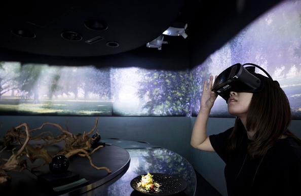 Japan「Dining Inside Tokyo's Virtual Reality Restaurant」:写真・画像(3)[壁紙.com]