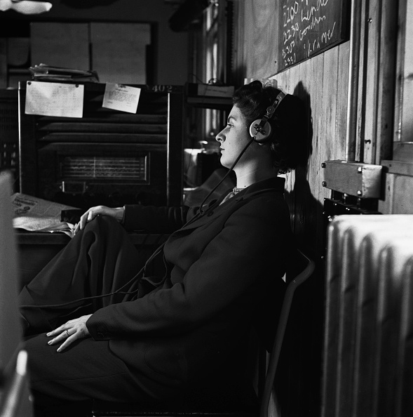 Variation「Radio Babeltown」:写真・画像(6)[壁紙.com]