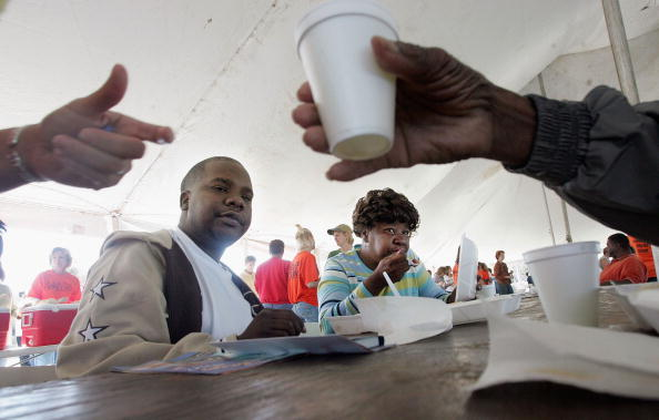 Condiment「Remaining New Orleans Residents Celebrate Thanksgiving」:写真・画像(17)[壁紙.com]