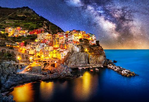 Cinque Terre「night blue hour manarola cinque terre liguria italy milky way」:スマホ壁紙(14)