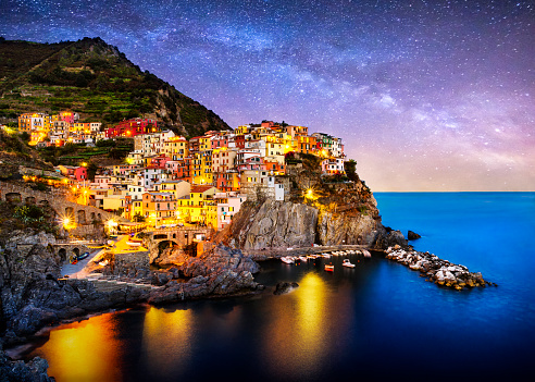 High Dynamic Range Imaging「night blue hour manarola cinque terre liguria italy milky way」:スマホ壁紙(19)