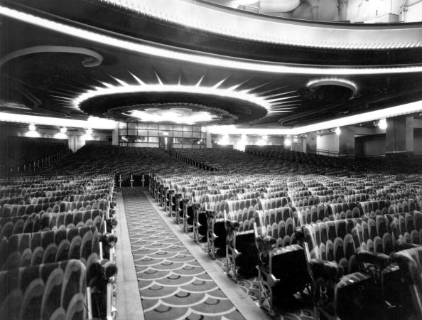 Film Industry「New Victoria Cinema」:写真・画像(19)[壁紙.com]