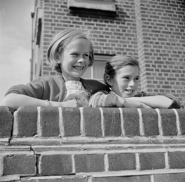Brick Wall「Child Detectives」:写真・画像(9)[壁紙.com]