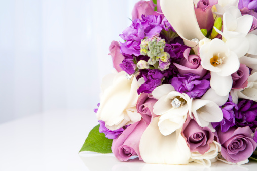 Iris Family「Purple and white bridal bouquet」:スマホ壁紙(6)