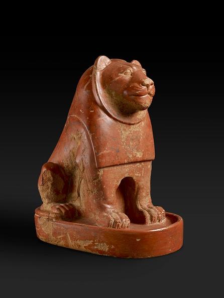 Animal Representation「Lion Statue」:写真・画像(1)[壁紙.com]