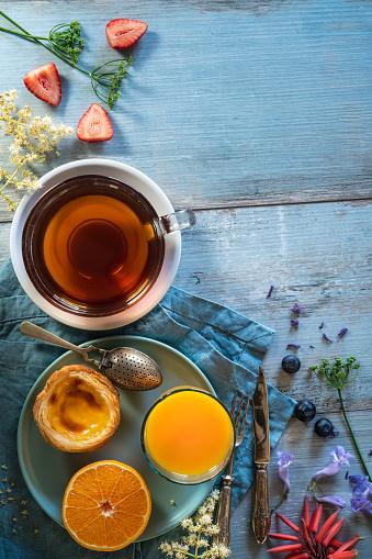 Breakfast「Breakfast Tea with Cinnamon roll croissant and Portuguese egg tart」:スマホ壁紙(10)