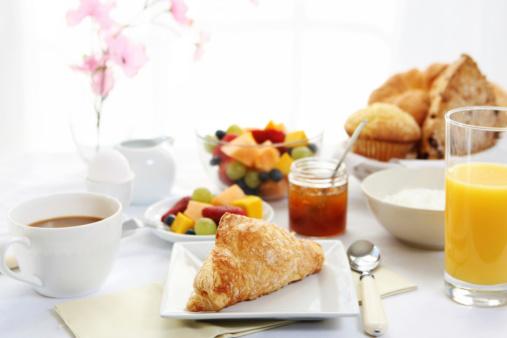 メロン「朝食用テーブル」:スマホ壁紙(8)