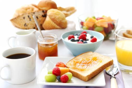 メロン「朝食用テーブル」:スマホ壁紙(18)