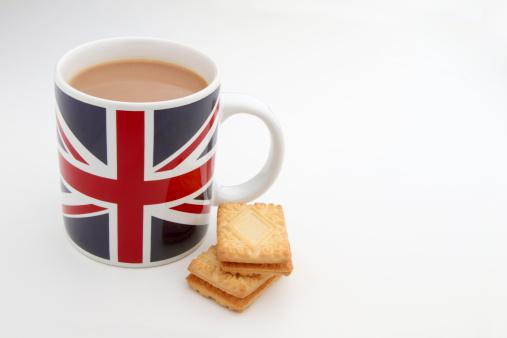 ユニオンジャック「Breakfast tea in a Union Jack mug with biscuits」:スマホ壁紙(15)