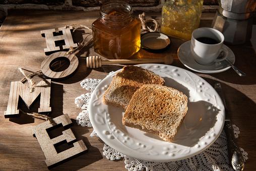 Toasted Food「Breakfast table with toast, orange marmalade, honey and espresso」:スマホ壁紙(19)