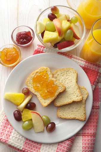 Breakfast「Breakfast: Toast, Fruit Salad and Orange Juice Still Life」:スマホ壁紙(14)