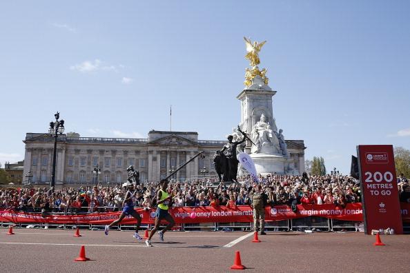 Mo Farah「Virgin Money London Marathon」:写真・画像(3)[壁紙.com]