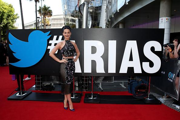 Halter Top「28th Annual ARIA Awards 2014 - Arrivals」:写真・画像(14)[壁紙.com]