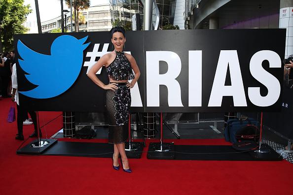 Halter Top「28th Annual ARIA Awards 2014 - Arrivals」:写真・画像(13)[壁紙.com]
