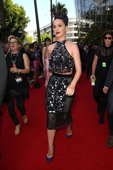 Halter Top「28th Annual ARIA Awards 2014 - Arrivals」:写真・画像(10)[壁紙.com]