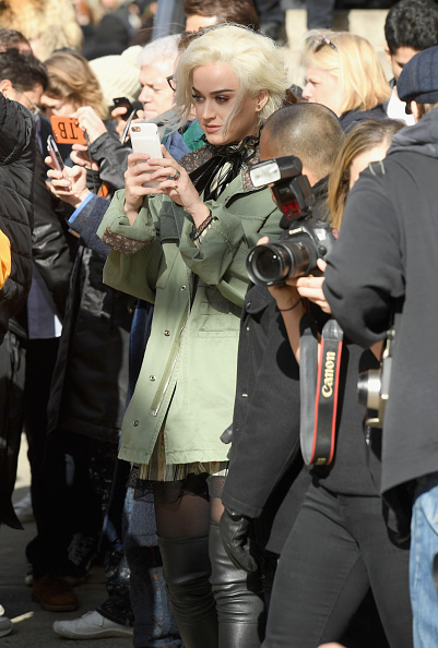 Armory「Marc Jacobs Fall 2017 Show - Front Row」:写真・画像(6)[壁紙.com]