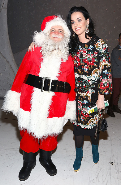 "Christmas「Katy Perry And John Mayer Attend ""A Christmas Story, The Musical"" Broadway Performance」:写真・画像(7)[壁紙.com]"