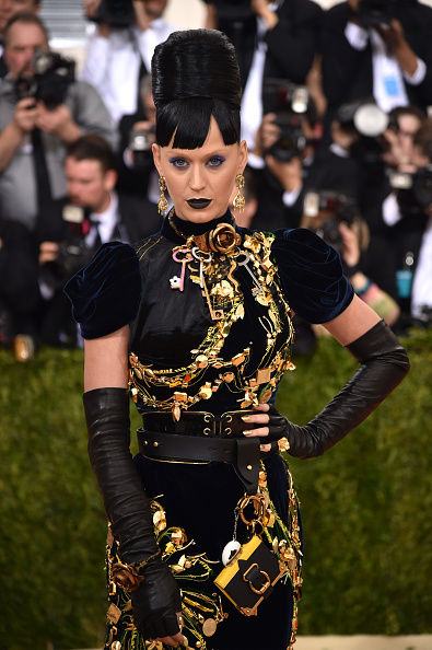 ペンダント「'Manus x Machina: Fashion In An Age Of Technology' Costume Institute Gala - Arrivals」:写真・画像(15)[壁紙.com]