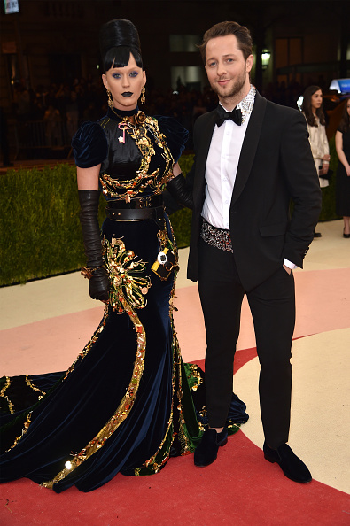 "Collar「""Manus x Machina: Fashion In An Age Of Technology"" Costume Institute Gala - Arrivals」:写真・画像(10)[壁紙.com]"