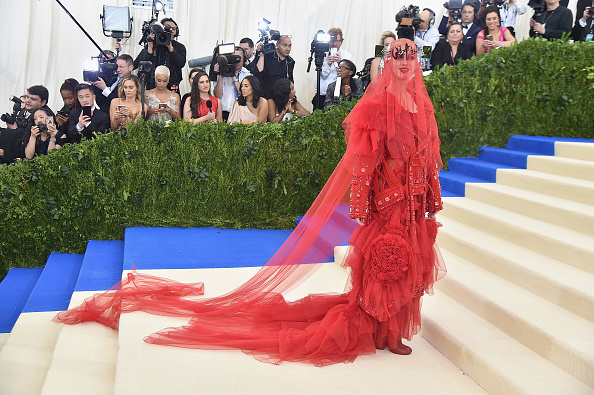"The Costume Institute「""Rei Kawakubo/Comme des Garcons: Art Of The In-Between"" Costume Institute Gala - Arrivals」:写真・画像(16)[壁紙.com]"