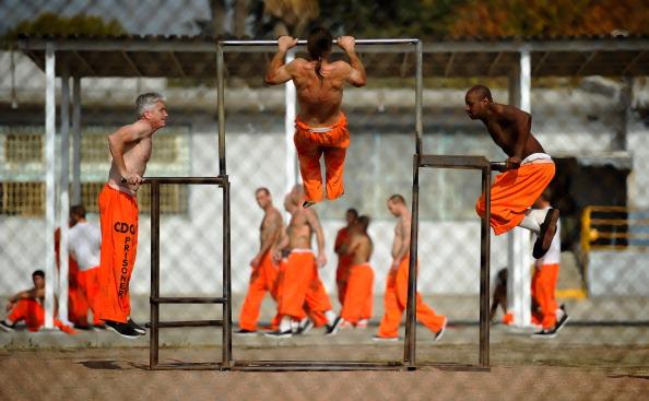 Prisoner「Supreme Court To Rule On California's Overcrowded Prisons」:写真・画像(9)[壁紙.com]