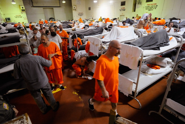 Prisoner「Supreme Court To Rule On California's Overcrowded Prisons」:写真・画像(15)[壁紙.com]