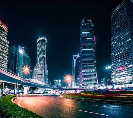 Smart City「Shanghai Urban landscape and modern architecture at night」:スマホ壁紙(3)