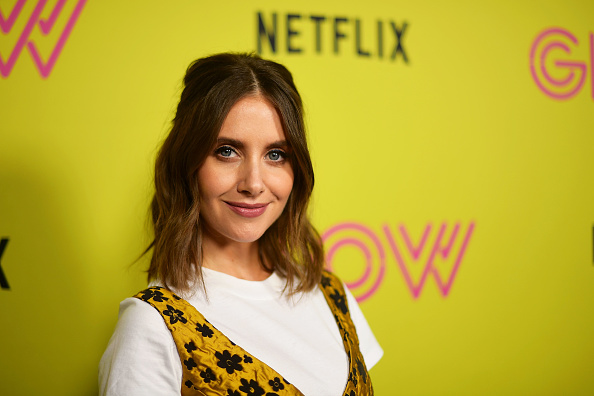 """Alison Brie「Netflix's """"Glow"""" Celebrates Its 10 Emmy Nominations With Roller-Skating Event」:写真・画像(10)[壁紙.com]"""