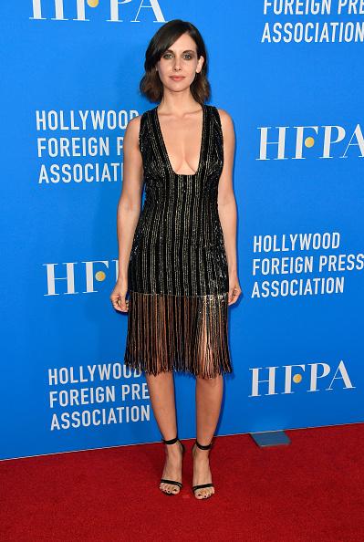 全身「Hollywood Foreign Press Association's Grants Banquet - Arrivals」:写真・画像(8)[壁紙.com]