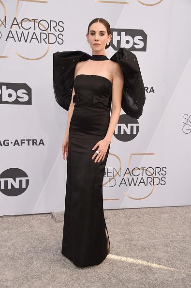 Alison Brie「25th Annual Screen Actors Guild Awards - Arrivals」:写真・画像(8)[壁紙.com]