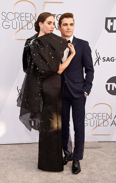 Alison Brie「25th Annual Screen Actors Guild Awards - Arrivals」:写真・画像(14)[壁紙.com]