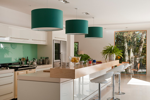 Pendant Light「New build home of interior designer Jemima Withey」:スマホ壁紙(13)