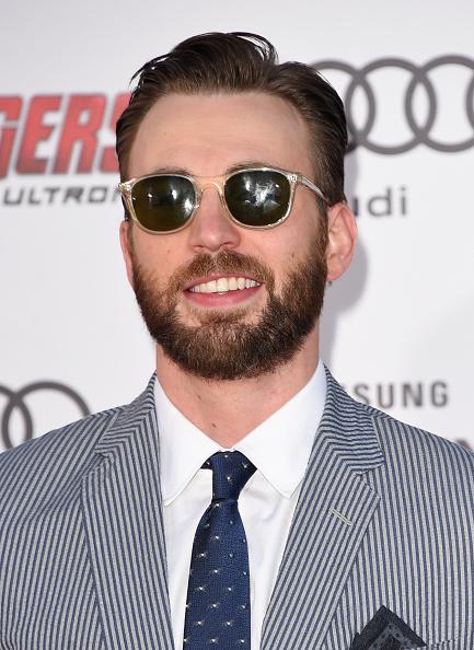 俳優「Premiere Of Marvel's 'Avengers: Age Of Ultron' - Arrivals」:写真・画像(6)[壁紙.com]