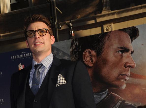 "Captain America「Premiere Of Paramount Pictures & Marvel Entertainment's ""Captain America: The First Avenger"" - Red Carpet」:写真・画像(7)[壁紙.com]"