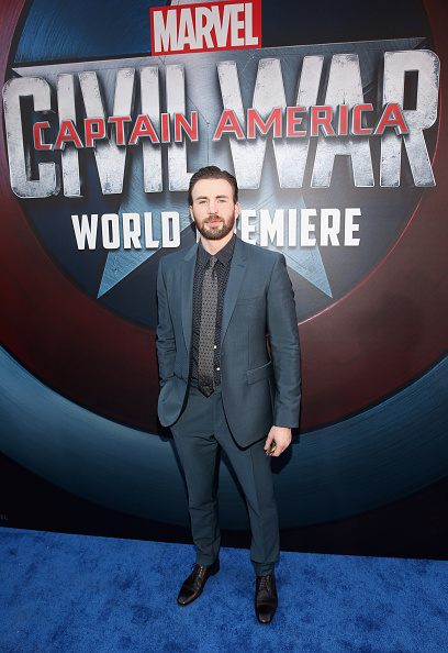 "Captain America「The World Premiere Of Marvel's ""Captain America: Civil War"" - Red Carpet」:写真・画像(3)[壁紙.com]"