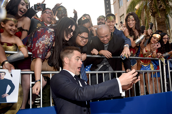 """Photography Themes「Premiere Of Warner Bros. Pictures' """"Wonder Woman"""" - Red Carpet」:写真・画像(0)[壁紙.com]"""